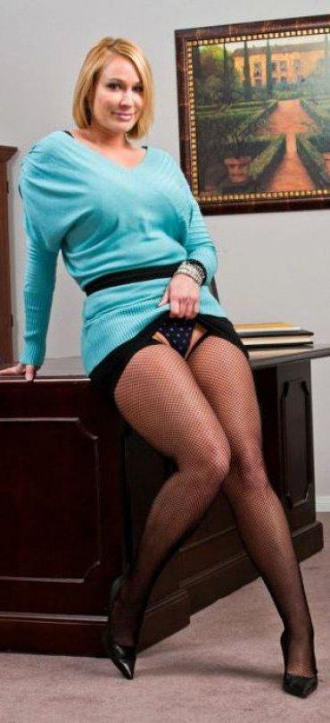 filmi-onlayn-v-uniforme-erotika