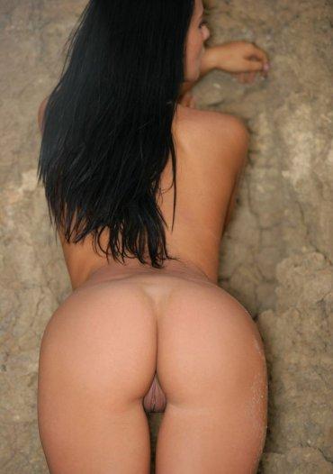 порно фото брюнетки со спины